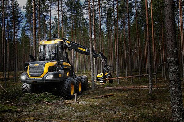 Wahlers Forsttechnik: Harvester Bear von PONSSE